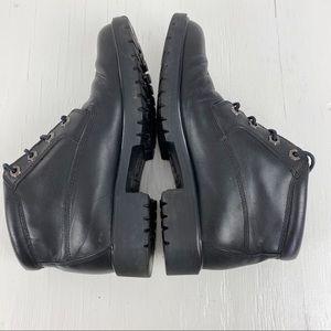 Timberland Shoes - Timberland Chukka Black Leather Boot Size 6.5